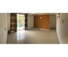 Colombo 4 - 1BHK on 2nd floor for rent
