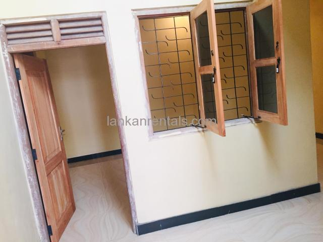Rooms for rent in Wellampitiya
