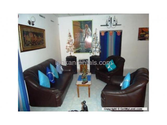 3 Large Bedrooms Single Storied Separate tiled House  Dehiwala