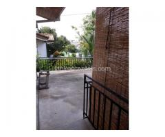 3 roomed upstair apartment for rent