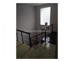 Upstairs Unit House for Rent in Panadura